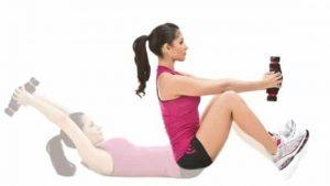 ejercicio mancuernas para abdomen