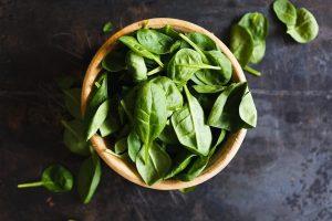 Espinacas alimentos que te haran ver mas joven y hermosa