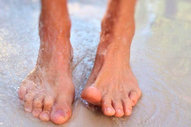 Siendo cuidadoso y constante podrás disfrutar de tus pies sanos