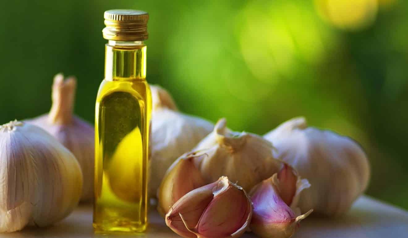 pasta de ajo y aceite de oliva remedio antiséptico y antibacteriano