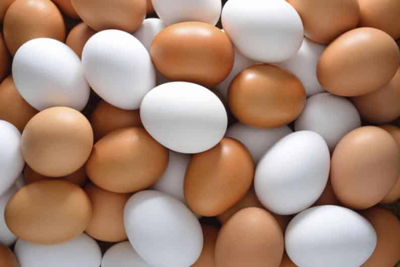 alimentos para fortalecer los huesos huevos
