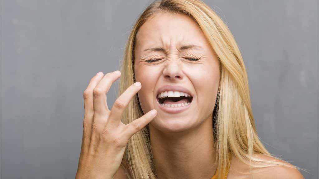 8 Hábitos que pueden dañar la piel del rostro