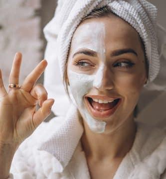 ¿Cómo quitar y evitar la piel reseca? (GUÍA Completa)